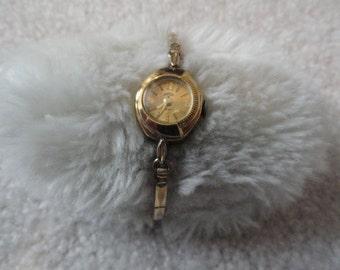 Garon 17 Jewels Vintage Wind Up Ladies Watch