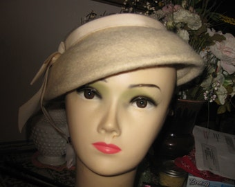 Jonquil Original Wool Fascinator with rhinestone clasp awesome snowflake color free ship