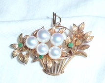 "Estate 18K Yellow Gold Vintage Basket Pendant Convertible Brooch Pin Pearl Emerald 1-3/4"" long 7.5g marked 18 k Flowers Bouquet 18kt 750 kt"
