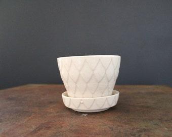 Vintage Ceramic Off White Planter