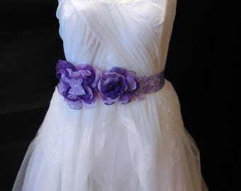 Lilac and Purple beads sequins chiffon & Organza floral bridal / bridesmaid wedding gown's ribbon sash belt is for sale.