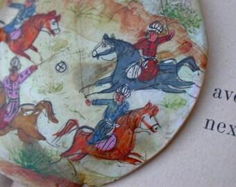 Huge vintage hand painted pendant Mother Of Pearl pendant horse painting Arabic Desert Scene Oriantal horse racing