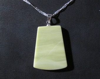 Healite pendant on 18 inch necklace - HP11