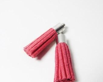 D-02924 - 2 Faux Suede Tassels pink