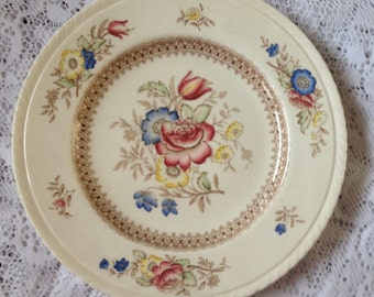 Free Shipping  5 Vintage Crown Ducal Plates Made in England Peover Floral Pattern