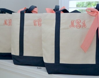 Set of 10 Personalized Wedding Bridesmaids Totes Gifts in Navy