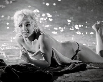 Marilyn Monroe on the set of Something's Gotta Give , 1962 # 6