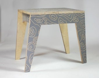Grain Carved Bench