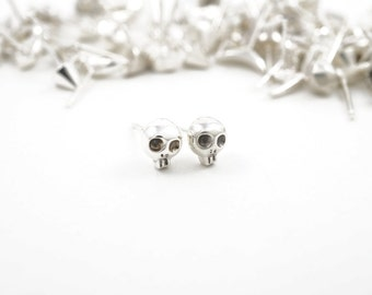 Skull studs - Stud Army earrings in sterling silver - mix n match pair earrings