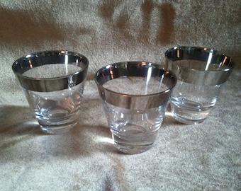 3 Dorothy Thorpe Silver Rimmed Shot Glasses Ships Free!