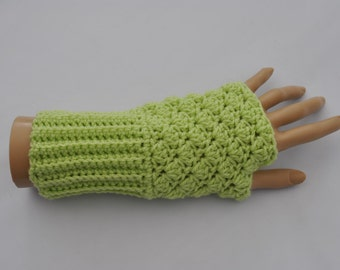 Ladies' crocheted fingerless mittens in pale lime green