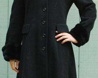 Vintage Albert Nipon full length coat- Size 4