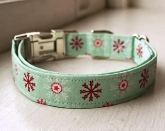 Christmas Dog Collar, Winter Dog Collar, Designer Dog Accessory, Pet Accessories, Snowflake Collar, Fabric Dog Collar, Plastic Nickel Brass