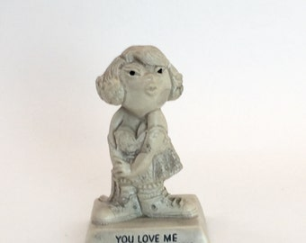 "Russ berrie co  Sillisculpt. 1970s ""I Love You This Much"" figurine gift for boyfriend girlfriend"