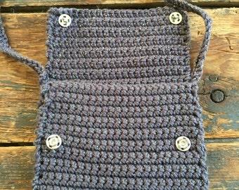 Pochette en crochet avec bandoulière pour livre ou tablette