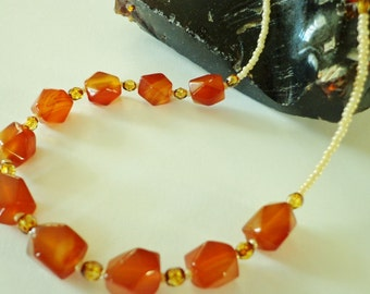 Red Agate Gemstone Beaded Necklace, Agate Stone Pebbles Necklace, Stone Bead Necklace, Warm Red Orange Beads