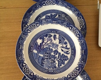 Wood & Sons Blue Willow 4 dinner Plate Circa 1920s
