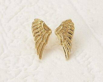 Simple Gold Angel Wings Stud Earrings