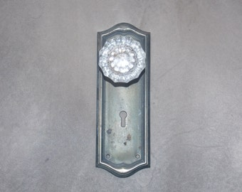 Glass Antique Door Knob and Key Plate Wall Hanger