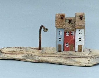 3 Little painted houses on a Driftwood Base #354