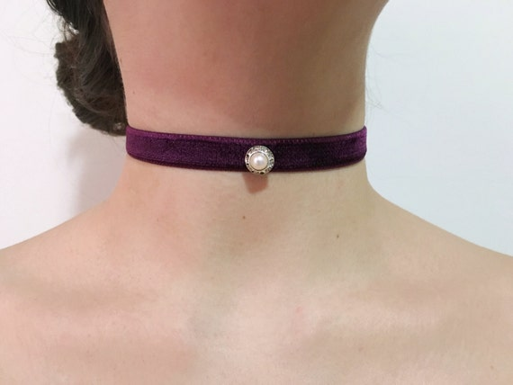 Burgundy purple velvet and pearl/ swarovski vintage rhinestone button adjustable choker 90s grunge victorian goth