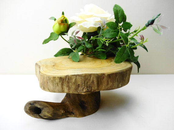 Wooden centerpiece pedestal wood cake