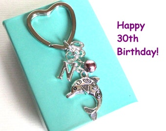 30th birthday gift - Dolphin keychain - Personalised 30th keyring - 30th keychain - Dolphin keyring with pearl - Initial keyring - Etsy UK