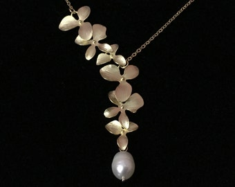 16k gold plated Orchid flower necklace, orchid jewelry, Orchid with fresh water pearl lariat necklace,Brides maid gift,