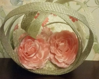 Pink flower and kimono print facinator