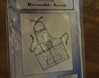 Fat Quarter reversible apron, Pacific Crescent Quilting, UNCUT sewing pattern, craft supplies, mens, womens, teens