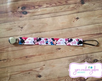 Soothie Pacifier Holder- Minnie Mouse