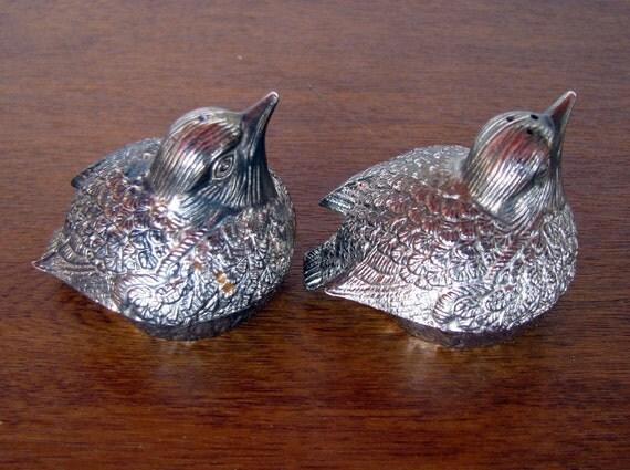 Vintage Silver Cast Metal Birds Salt And Pepper Shakers