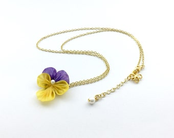Pansy Floral。24K gold plated brass necklace/Handmade necklace / clavicle chain