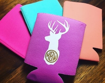 Deer Head w/ Monogram Can Cooler in multiple colors.PERSONALIZED. Birthday. Best Friends. Drinking. Can hugger. Insulator. Hunting Season.
