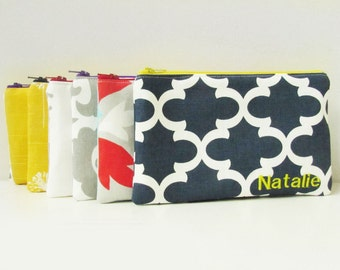 Set of 6 - Cosmetic Bag - Monogrammed Makeup Pouch - Bridesmaid bags - Make up Organizer - Medium