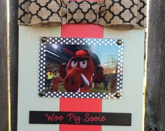 Arkansas Woo Pig Sooie Large Bow Table Top Frame with Burlap Ribbon