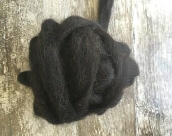 Alpaca Roving 75 Alpaca, 25 Merino Wool