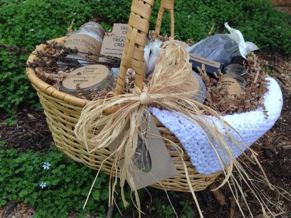 Deluxe Lavender Basket
