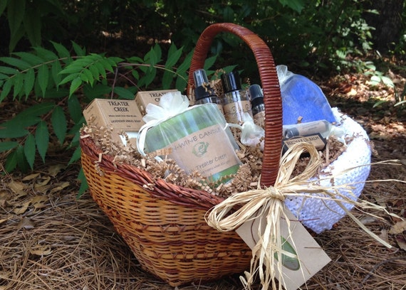 Un-Wine Candle Gift Basket