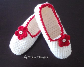 Extra Thick Crochet Slippers, Womens Slippers, Red White Slippers by Vikni Designs