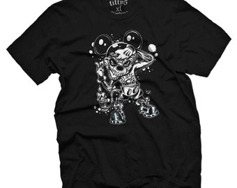 Mickey In The Flesh Men's T Shirt