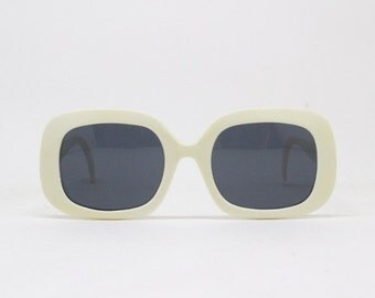 eyewear glasses boc9  90s sunglasses Kurt Cobain vintage original eyewear, 60s style design,  white frame and grey lens
