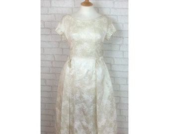1950's Silk Cream Flower Print Knee Length Wedding Dress  Size M