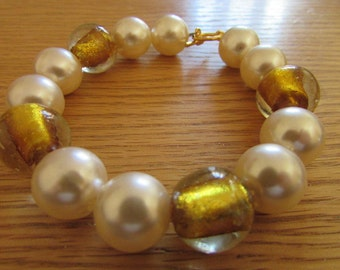 Pearl & Gold Bead Bracelet