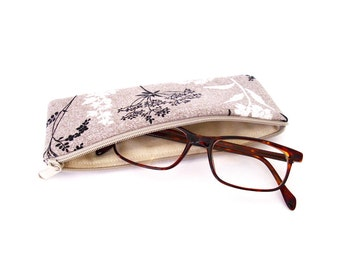 Eyeglass skin, zippered eyeglass case, beige, black, white, case for reading glasses, spare glasses,