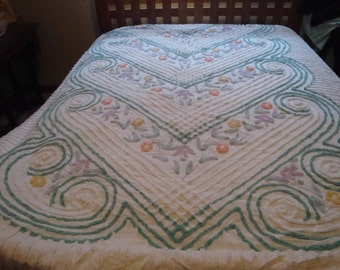 FREE SHIPPING Chenille Bedspread
