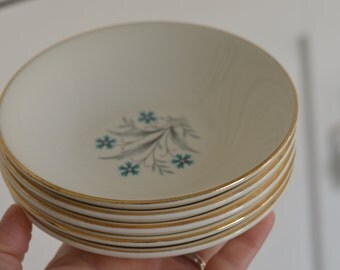 TINY TURQUOISE And Pink FLORAL 5 Stack Of Dessert Bowls