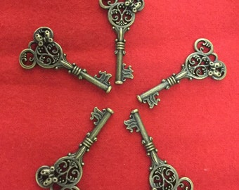 Set of 5 Bronze Keys