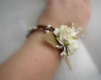 Rustic Wedding Corsage, Burlap Wrist Corsage, Rustic Wedding Bracelet, Mother of Bride Groom, Bridesmaids Corsage, Woodland Wedding,