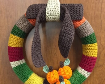 Fall wreath with bow and pumpkins, crochet - made to order (pick your colors) - FREE shipping